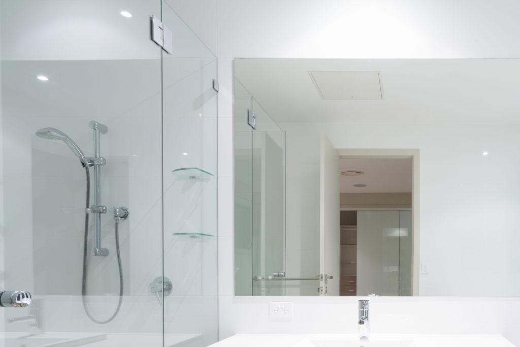 iluminacion en el baño